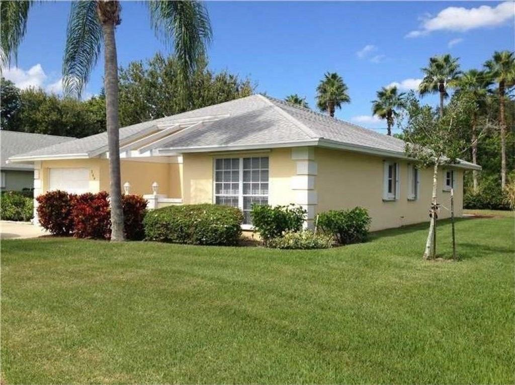 260 N Grove Isle Circle, Vero Beach, FL 32962 - #: 245129