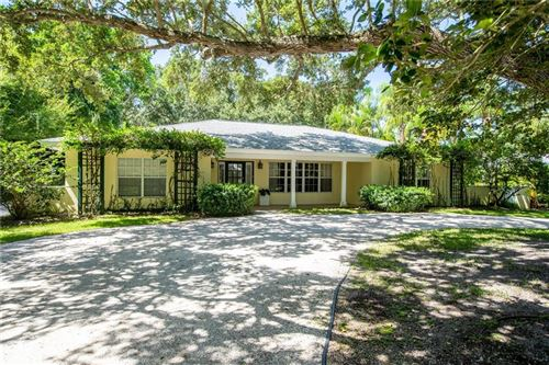 Photo of 711 Riomar Drive, Vero Beach, FL 32963 (MLS # 234163)