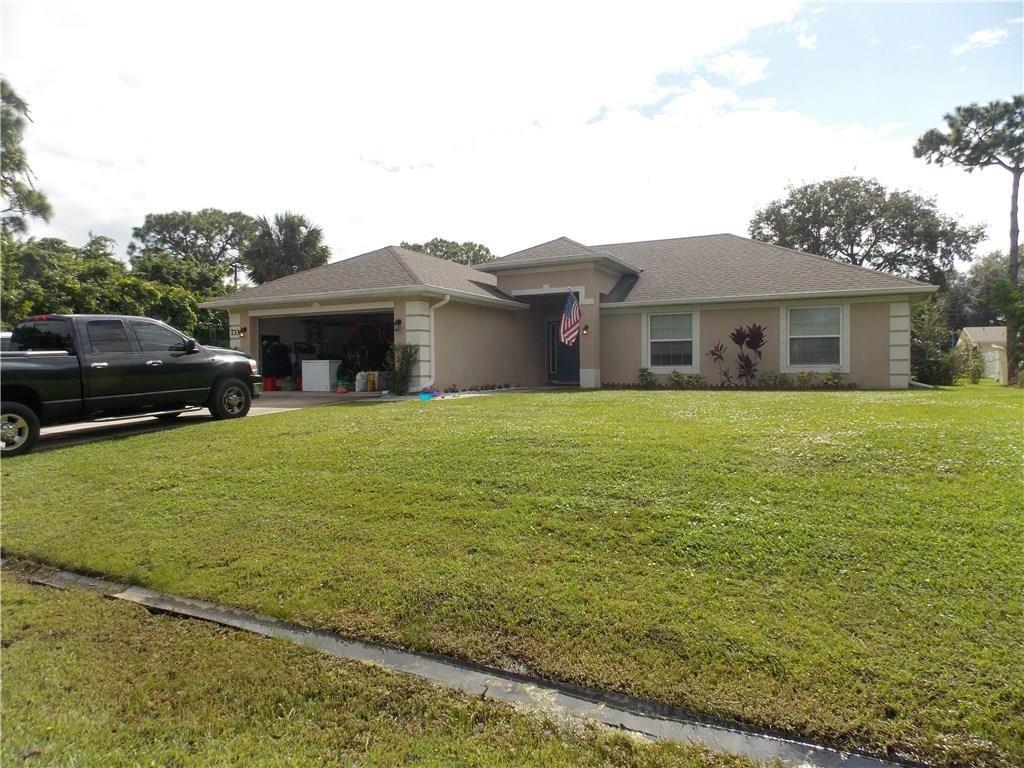 733 Hall Avenue, Sebastian, FL 32958 - #: 237169