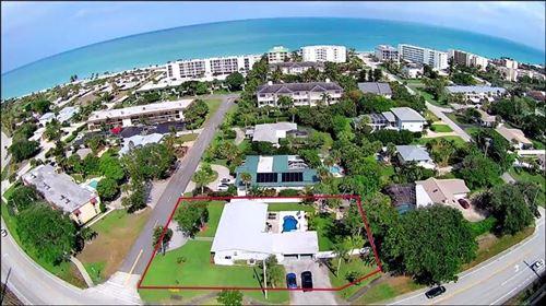 Photo of 706 Kumquat Road, Vero Beach, FL 32963 (MLS # 236174)