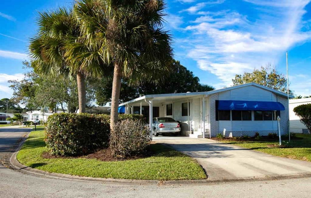832 Periwinkle Circle, Barefoot Bay, FL 32976 - MLS#: 232187