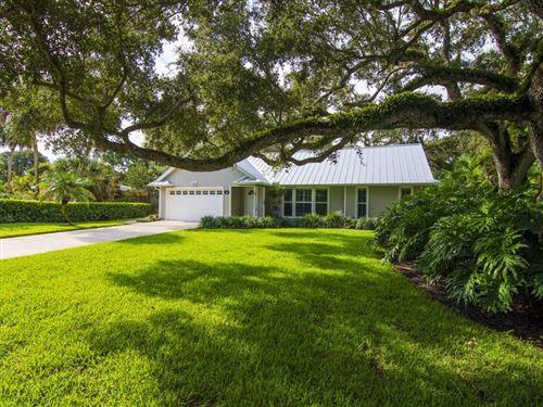 Photo of 616 Holly Road, Vero Beach, FL 32963 (MLS # 235207)