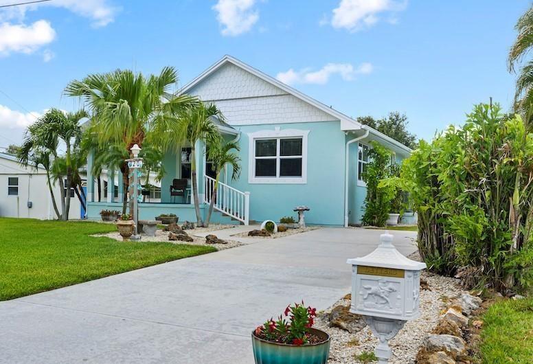 320 14th Place, Vero Beach, FL 32960 - #: 244297
