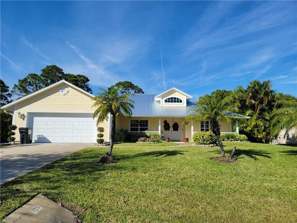 725 Carnation Drive, Sebastian, FL 32958 - #: 245298