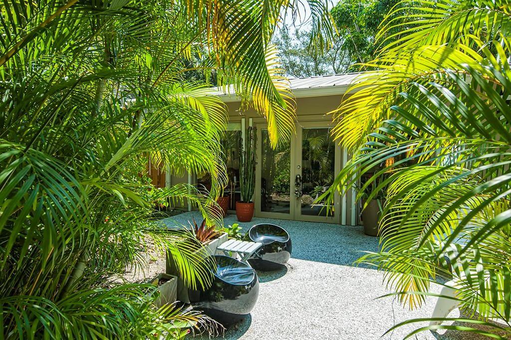 1990 W Sand Dollar Lane, Vero Beach, FL 32963 - #: 245313
