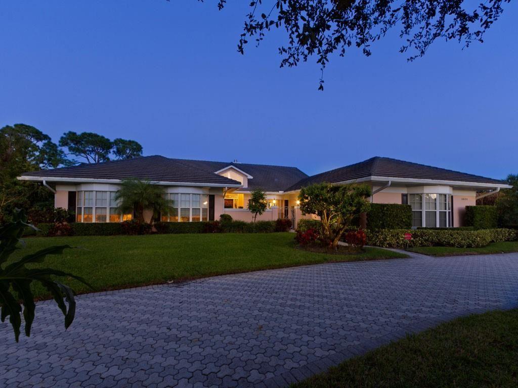 5830 Bent Pine Drive, Vero Beach, FL 32967 - #: 228337