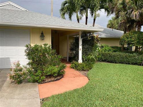 Photo of 950 Windsong Way, Vero Beach, FL 32963 (MLS # 246338)