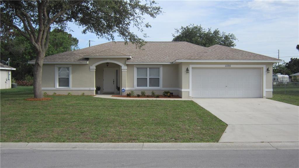 1335 24th Street SW, Vero Beach, FL 32962 - #: 244339