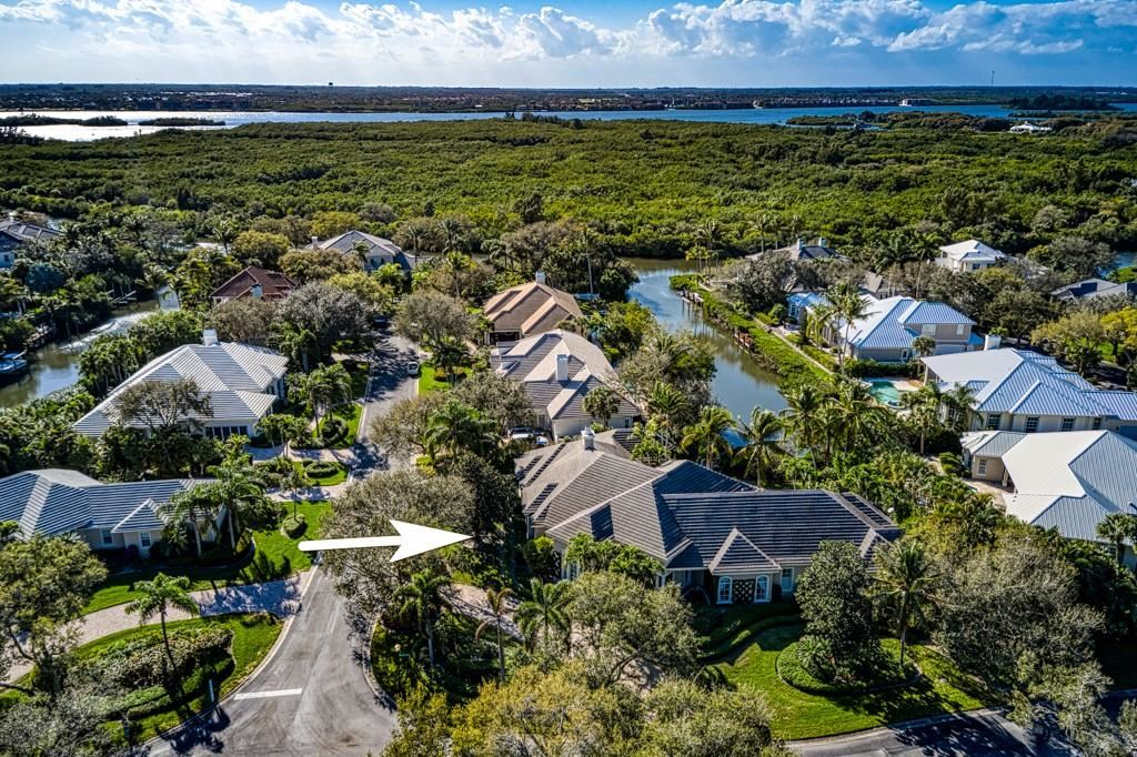 105 Waterway Lane, Vero Beach, FL 32963 - #: 241384