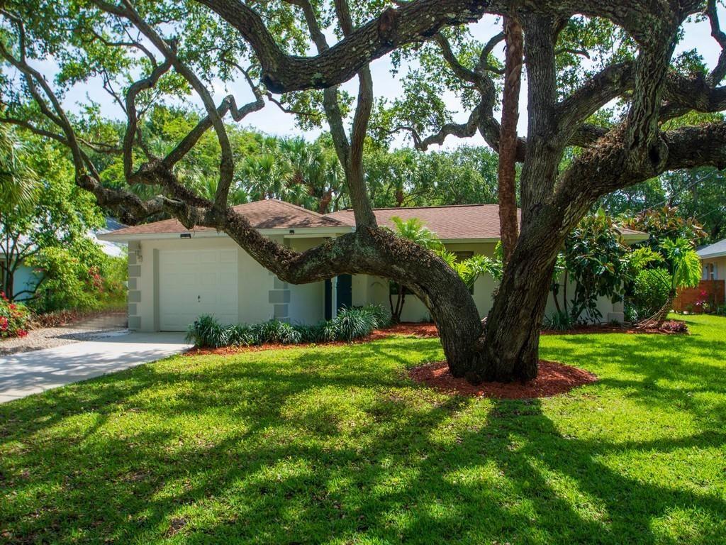 9560 Frangipani Drive, Vero Beach, FL 32963 - #: 243397