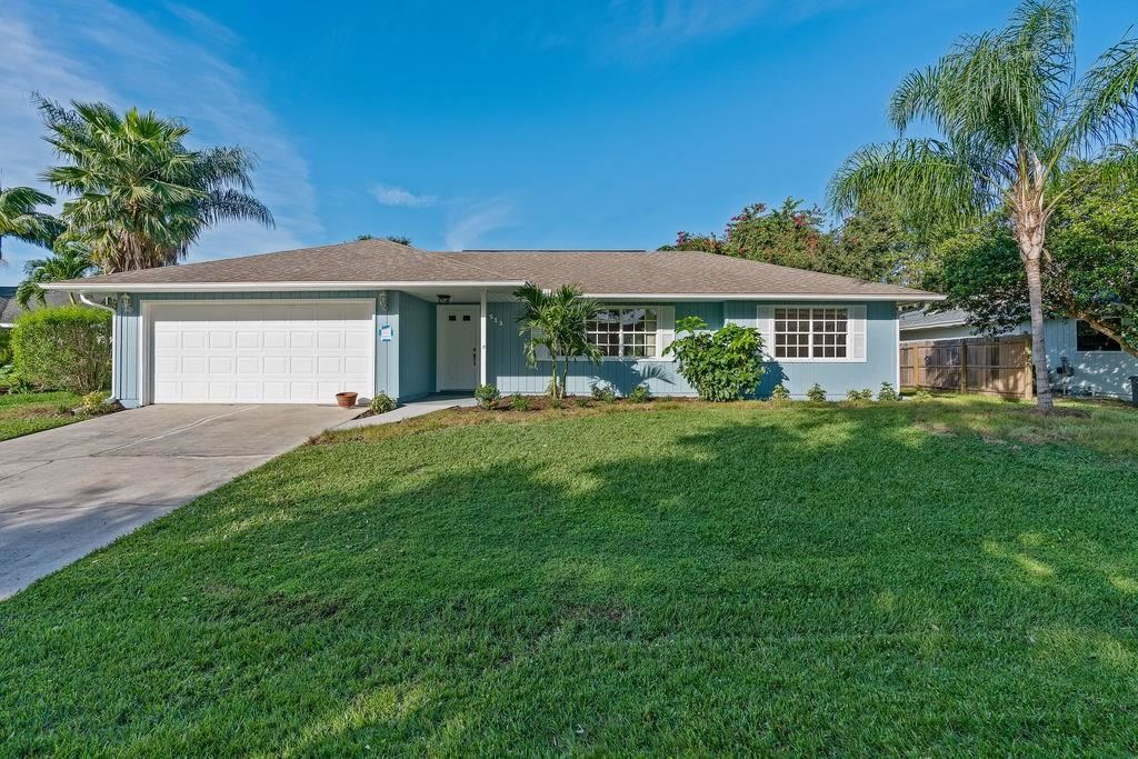 513 10th Court, Vero Beach, FL 32962 - #: 237423