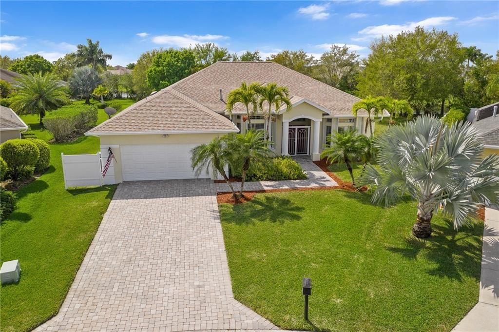 555 Sarina Terrace SW, Vero Beach, FL 32968 - #: 241434