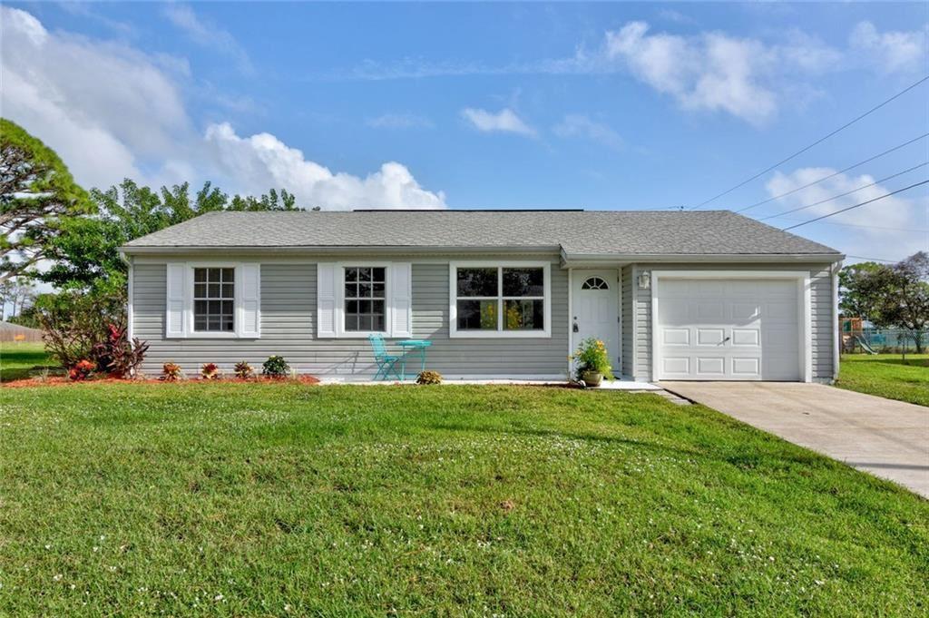 116 La Playa Lane, Sebastian, FL 32958 - #: 237460