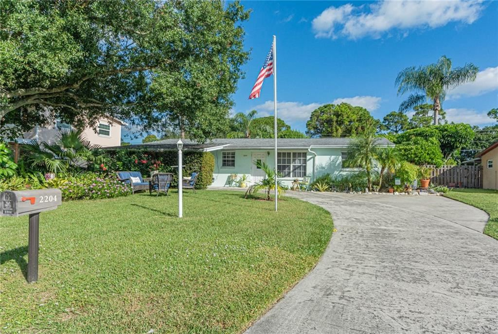 2204 1st Place SW, Vero Beach, FL 32962 - #: 247469