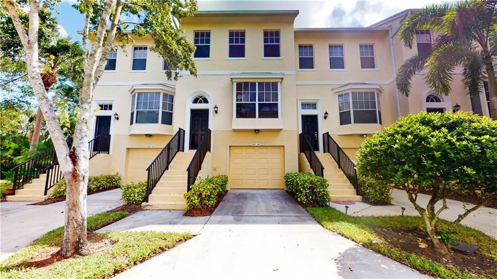 1630 42nd Square #102, Vero Beach, FL 32960 - #: 236470