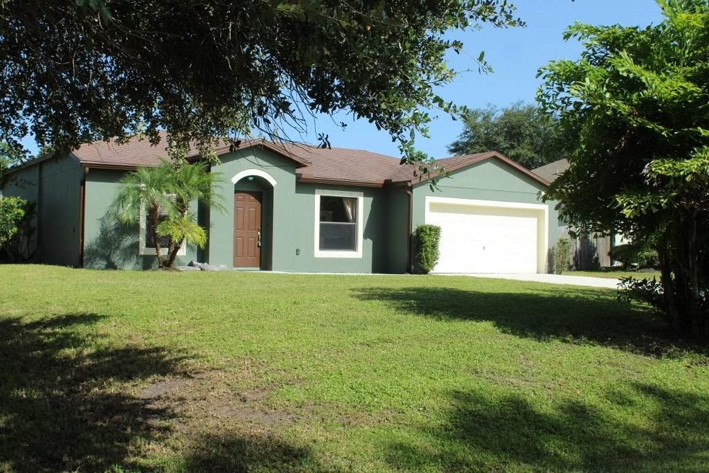 8166 103rd Court, Vero Beach, FL 32967 - #: 235502