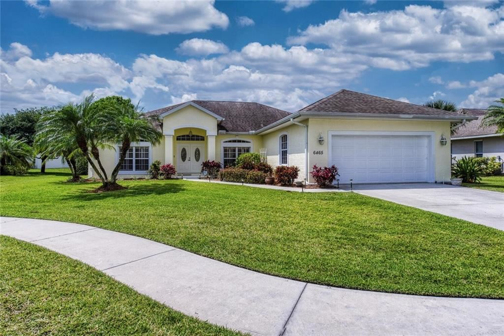 6465 36th Place, Vero Beach, FL 32966 - #: 242502