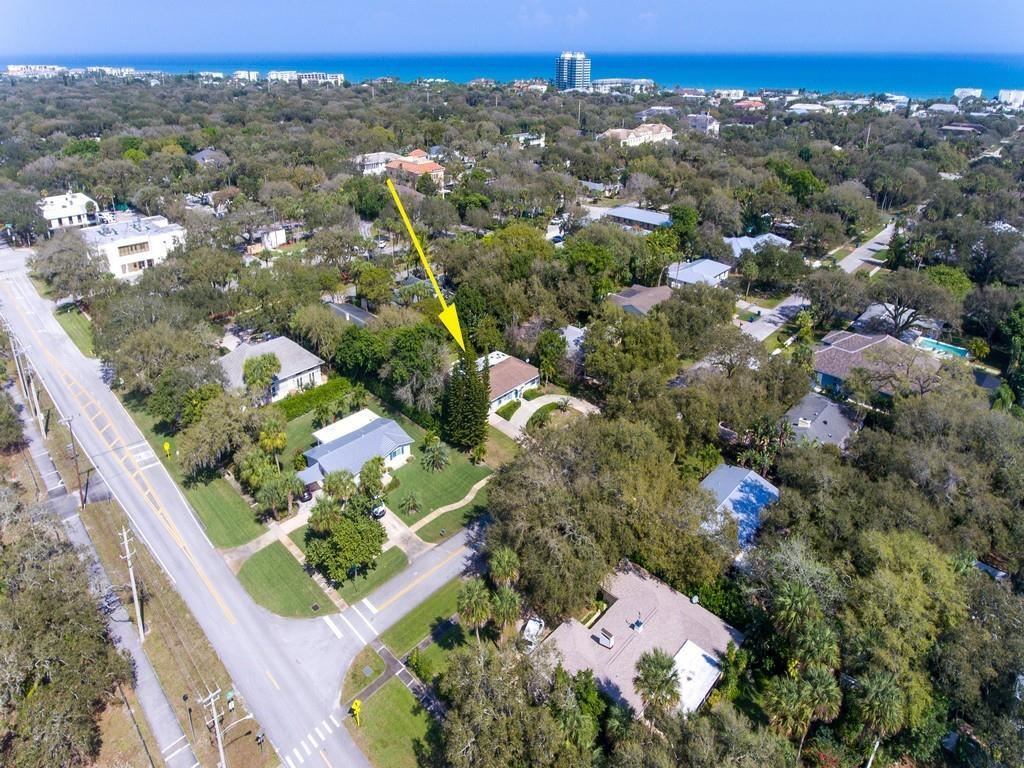 517 Bougainvillea Lane, Vero Beach, FL 32963 - #: 236515