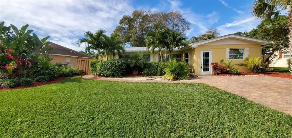 915 17th Avenue, Vero Beach, FL 32960 - #: 239516