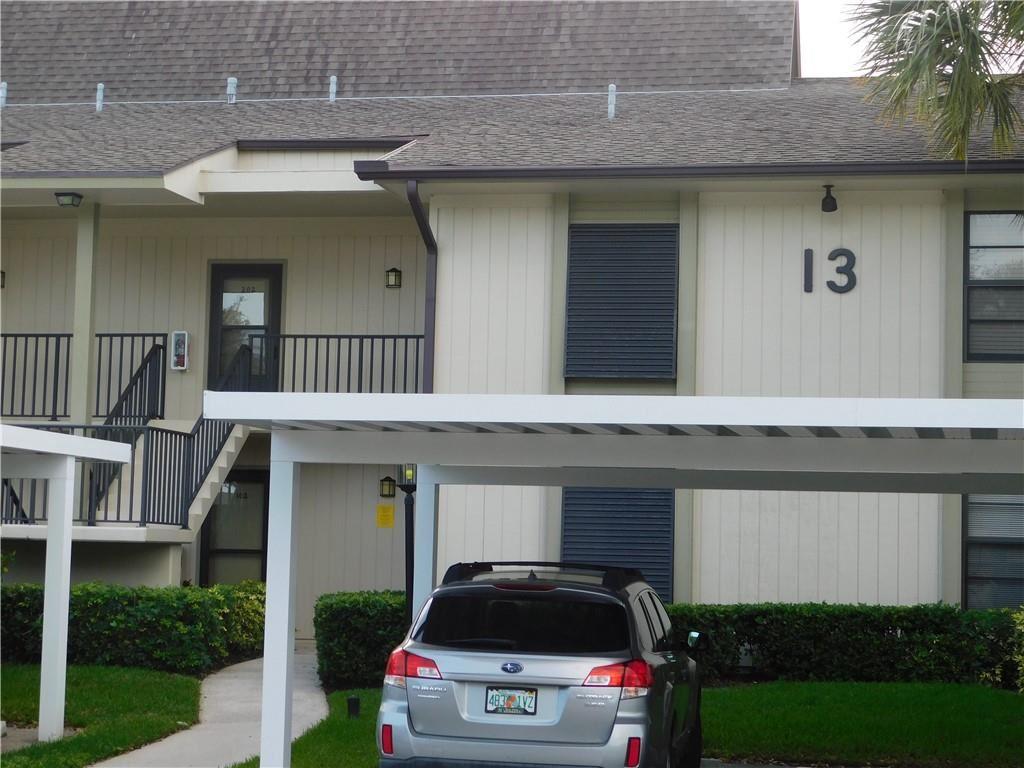 13 Plantation Drive #103, Vero Beach, FL 32966 - #: 241528