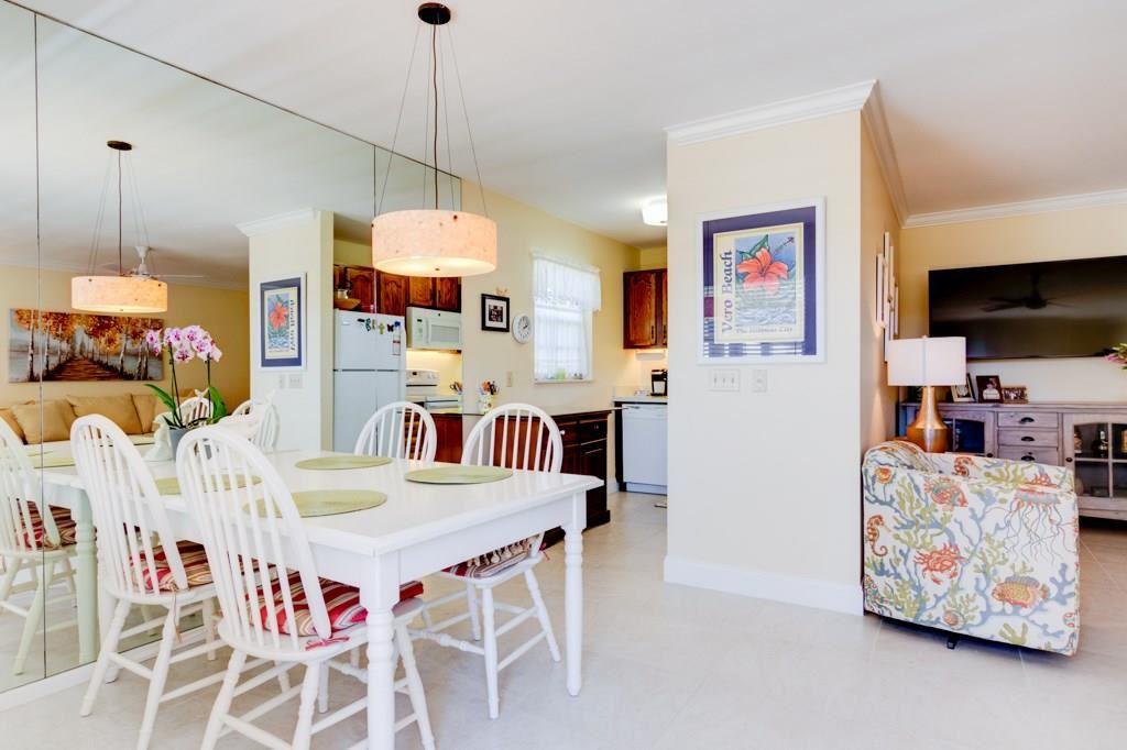 41 Vista Gardens Trail #203, Vero Beach, FL 32962 - MLS#: 230537