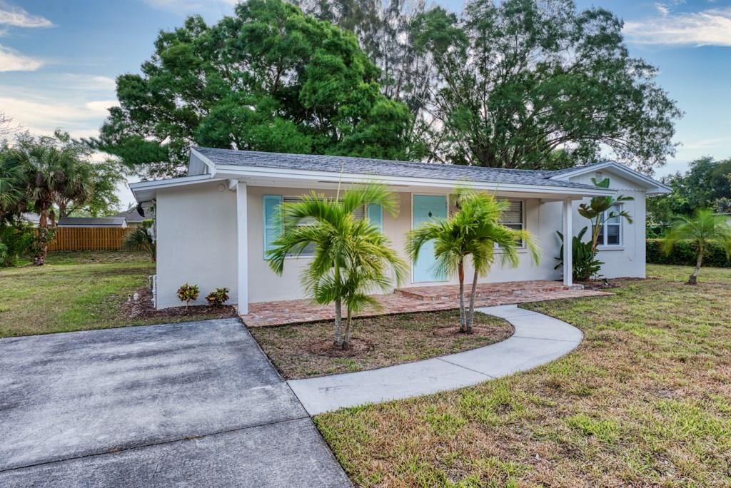 2250 53rd Avenue, Vero Beach, FL 32966 - #: 231548