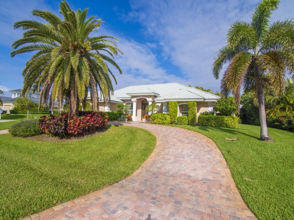 1213 Sea Hunt Drive, Vero Beach, FL 32963 - #: 230575
