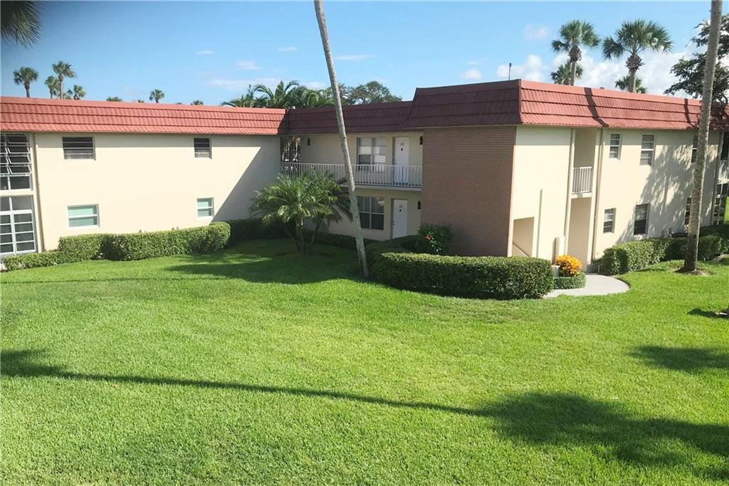 4 Vista Palm Lane #201, Vero Beach, FL 32962 - #: 225576