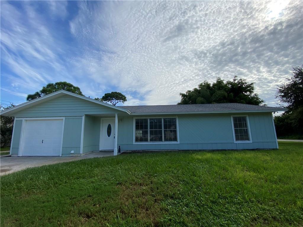 290 Delaware Avenue, Sebastian, FL 32958 - #: 242593