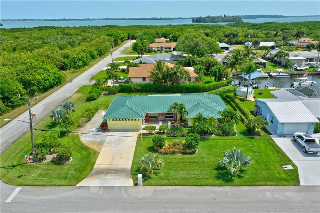 1904 5th Court SE, Vero Beach, FL 32962 - #: 242619
