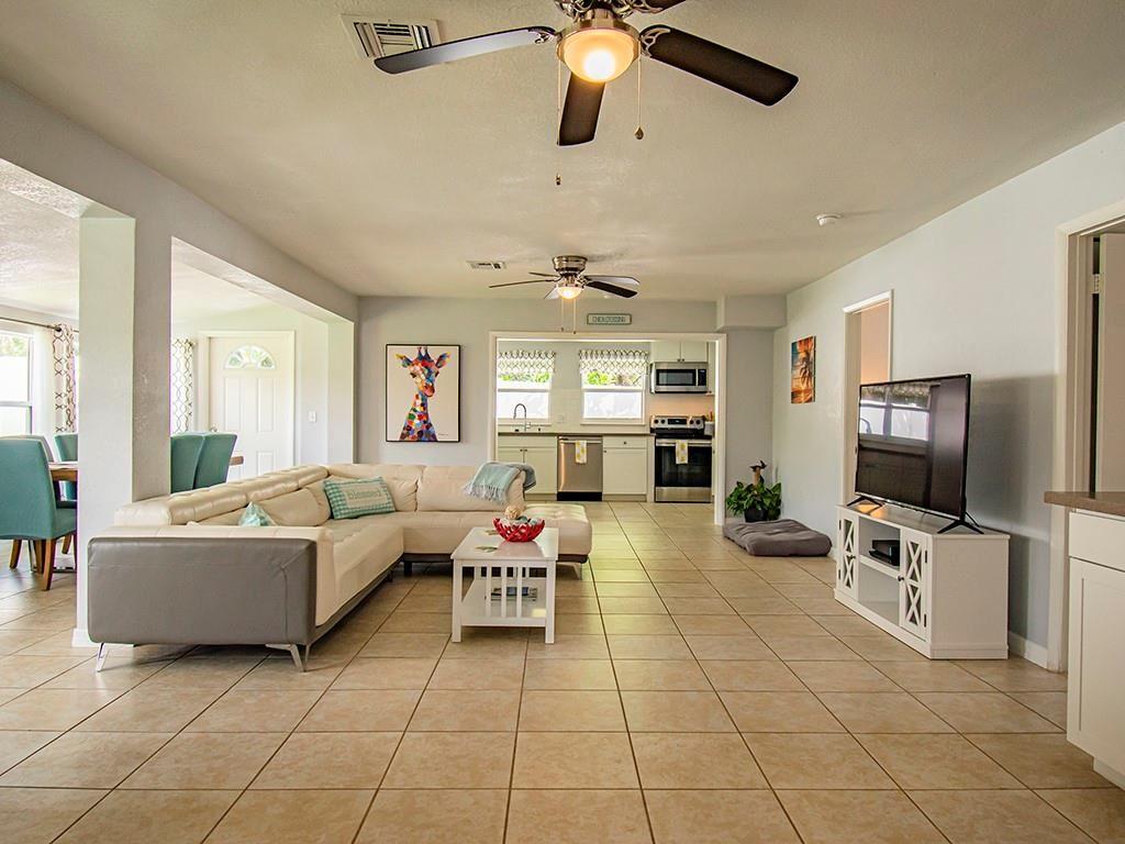 1310 4th Court, Vero Beach, FL 32960 - #: 246634