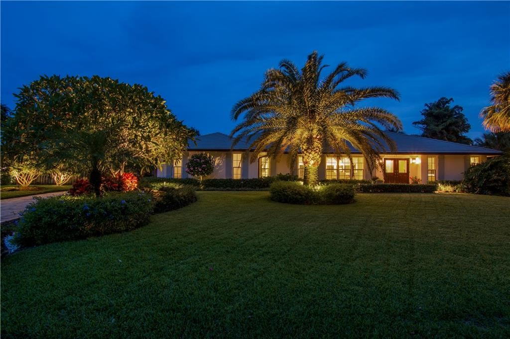 4611 Pebble Bay S, Indian River Shores, FL 32963 - #: 232648
