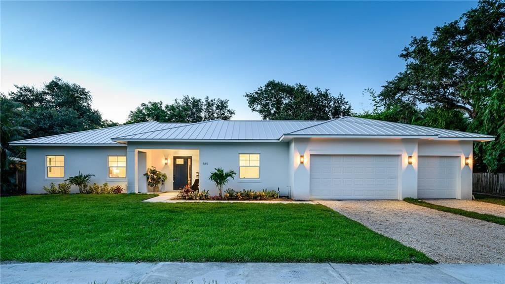 585 Bougainvillea Lane, Vero Beach, FL 32963 - #: 232650