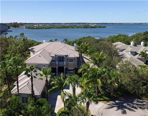 Photo of 701 Grove Place, Vero Beach, FL 32963 (MLS # 215654)