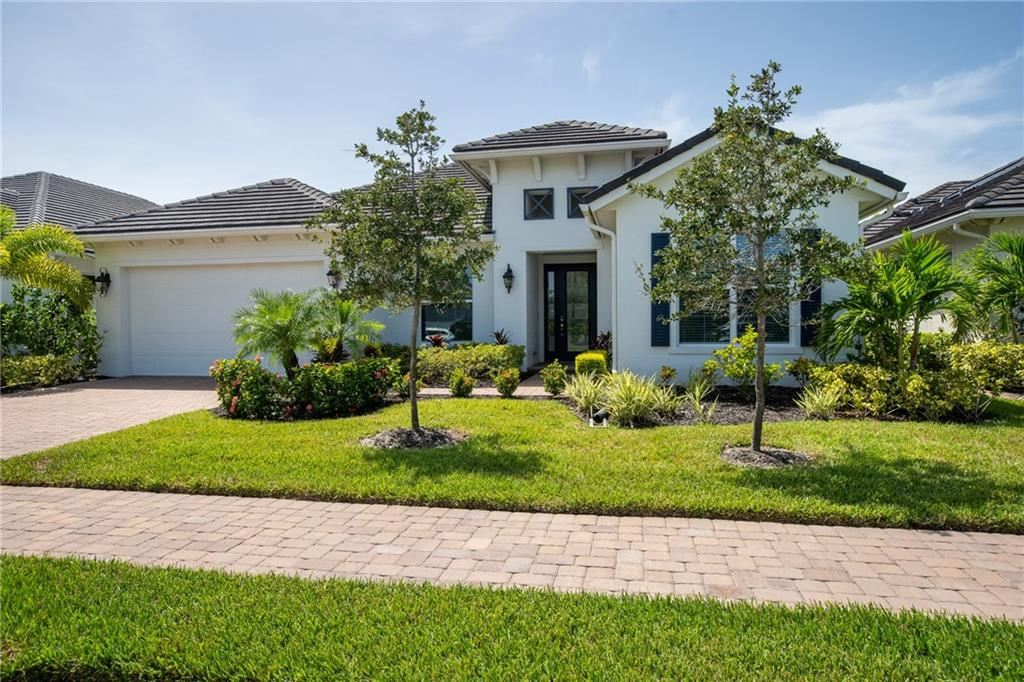 1371 Lily\'s Cay Circle, Vero Beach, FL 32967 - MLS#: 235654