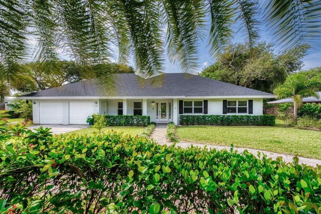 808 El Perdido Street, Vero Beach, FL 32963 - #: 231676