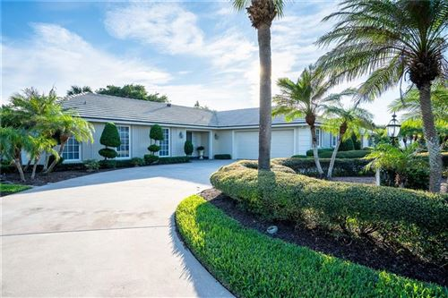 Photo of 935 Pebble Lane, Vero Beach, FL 32963 (MLS # 227681)