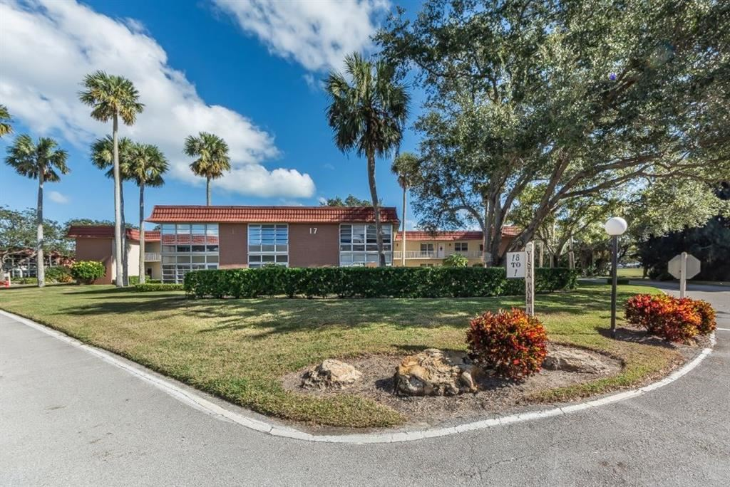 17 Vista Palm Lane #206, Vero Beach, FL 32962 - #: 236687
