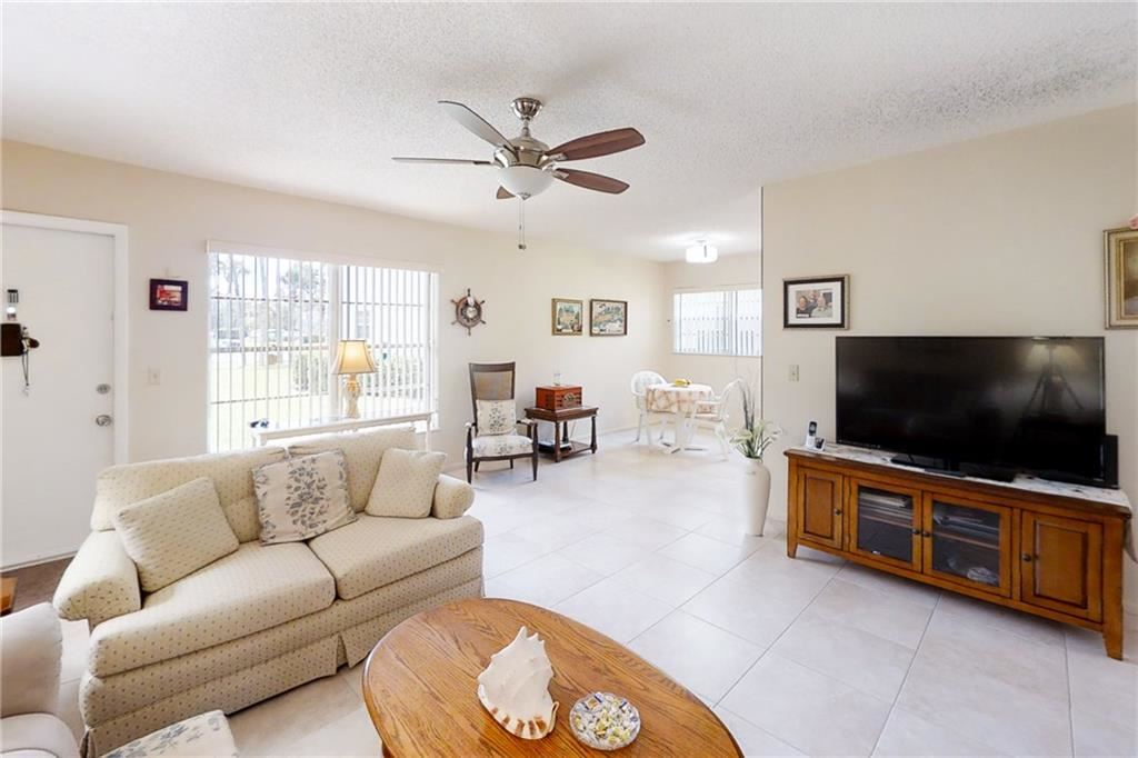 16 Vista Gardens Trail #102, Vero Beach, FL 32962 - #: 232723