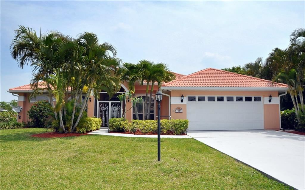 7420 32nd Court, Vero Beach, FL 32967 - #: 231728