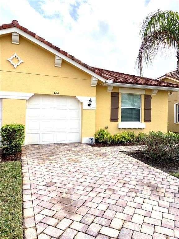 6345 Oxford Circle #104D, Vero Beach, FL 32966 - #: 240758