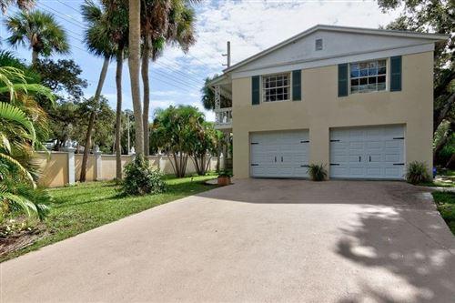 Photo of 646 Flamevine Lane, Vero Beach, FL 32963 (MLS # 236762)