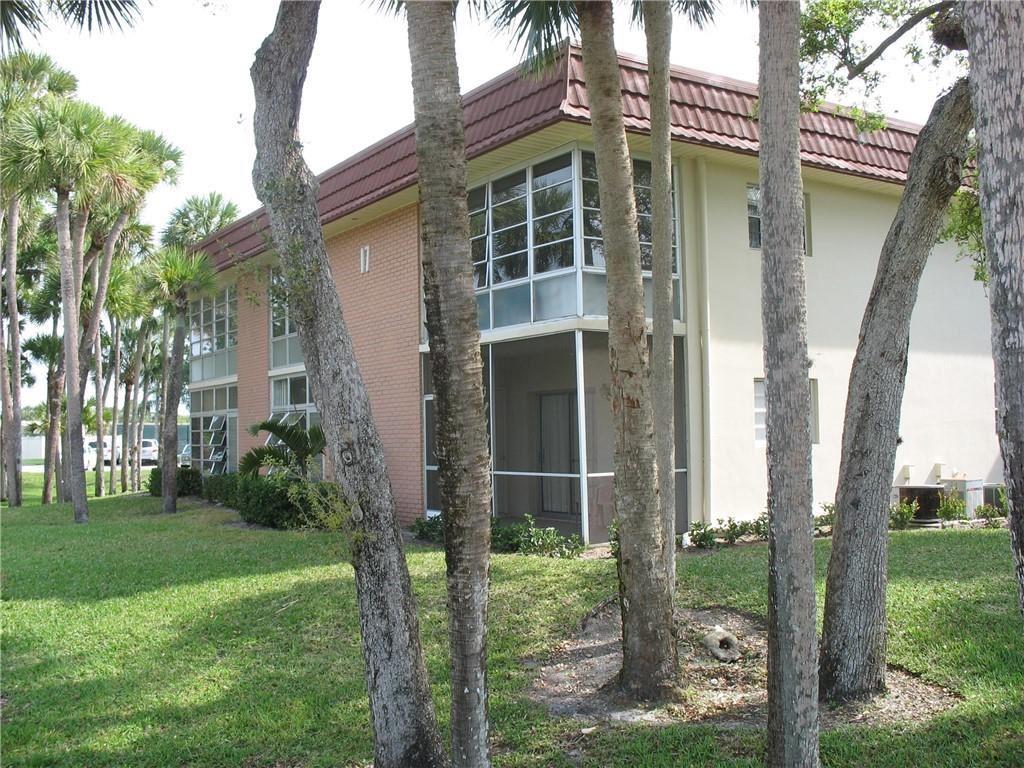 17 Vista Gardens Trail #203, Vero Beach, FL 32962 - #: 243768