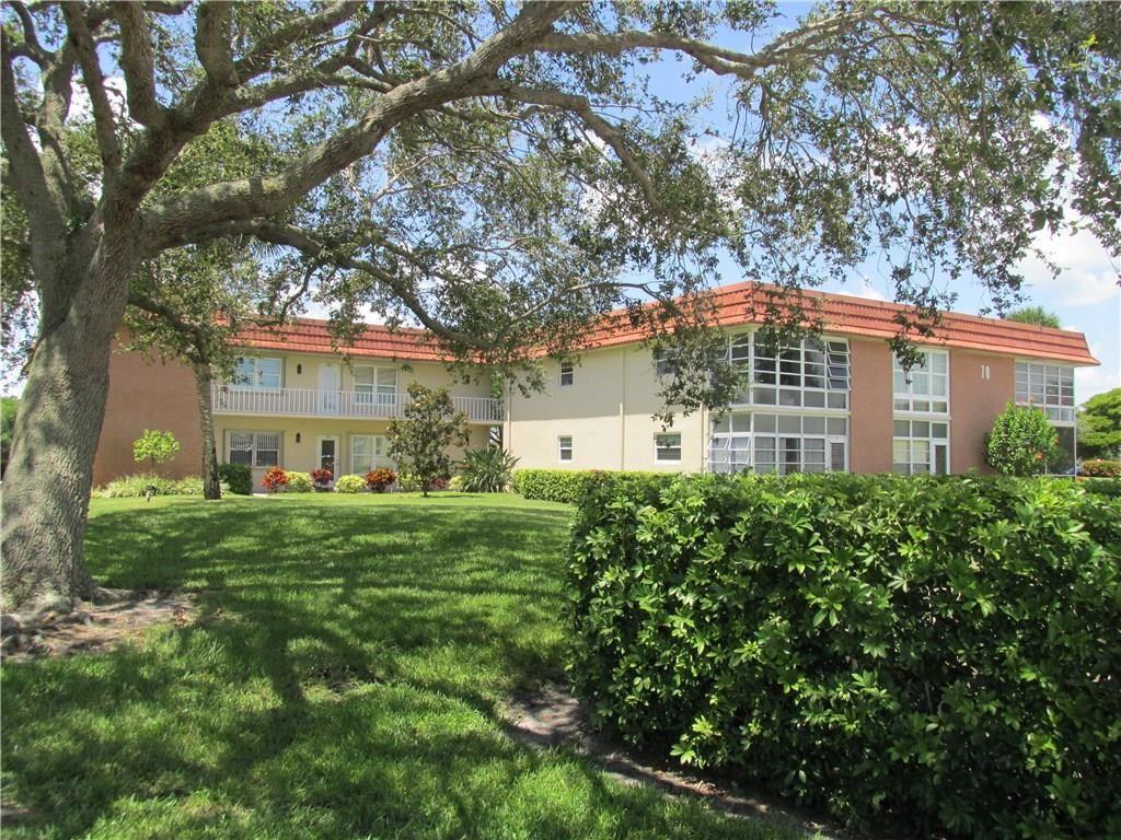 70 Royal Oak Court #107, Vero Beach, FL 32962 - #: 233814