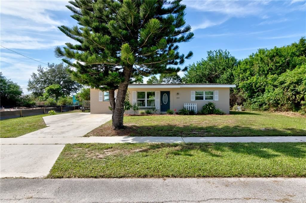 359 Manly Avenue, Sebastian, FL 32958 - #: 234838