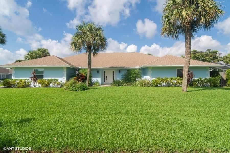1131 Spanish Lace Lane, Vero Beach, FL 32963 - #: 235843