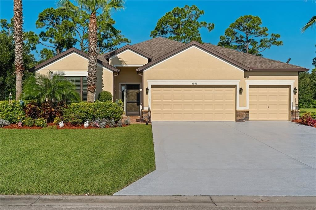 4803 Ashley Lake Circle, Vero Beach, FL 32967 - #: 235852