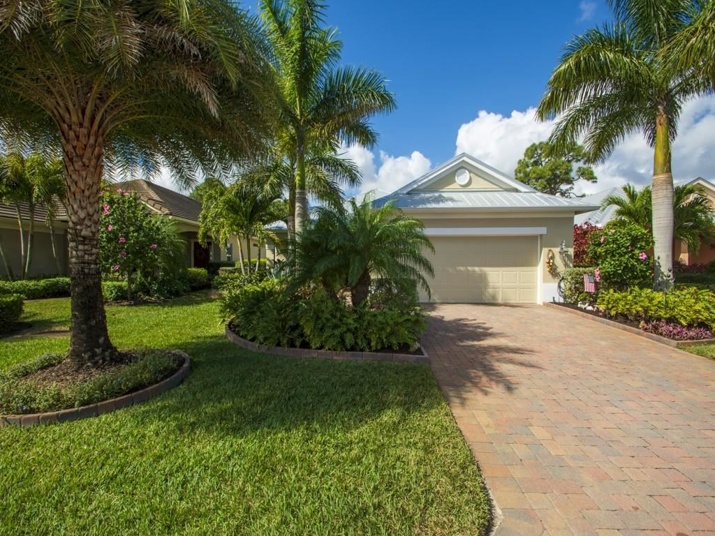 239 11th Square SW, Vero Beach, FL 32962 - #: 240853