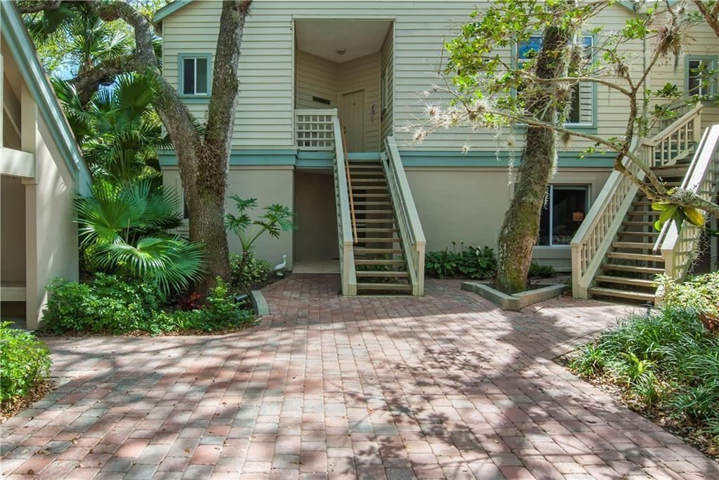 1335 Winding Oaks Circle #1001, Vero Beach, FL 32963 - #: 235875