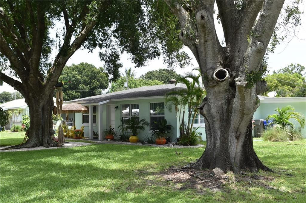 166 18th Avenue, Vero Beach, FL 32962 - #: 230880